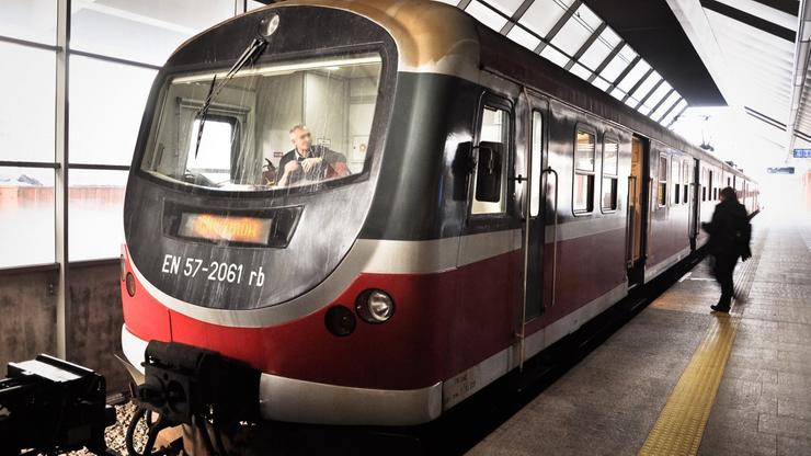 Kraków. Awaria na węźle kolejowym. Pociągi opóźnione o nawet 140 minut