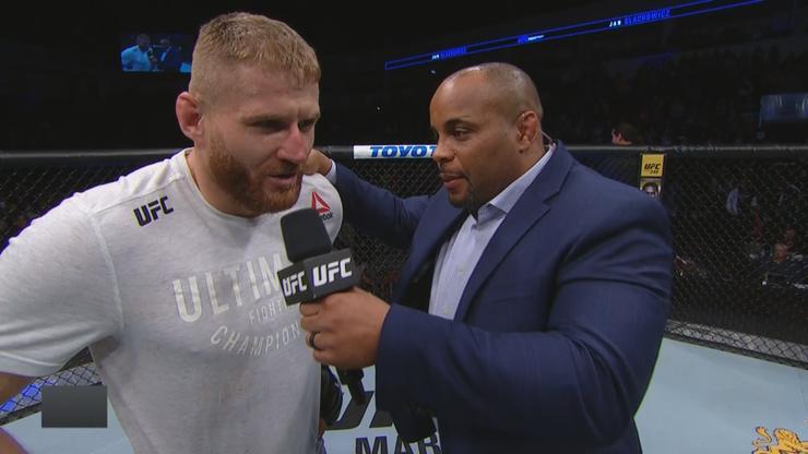 Błachowicz zszokował komentatorów! UFC przypomina niespodzianki (WIDEO)