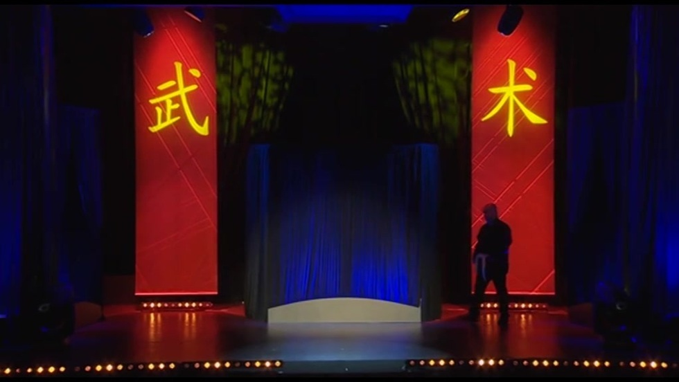 Kabaret Ani Mru Mru - Kung-Fu Skurcz